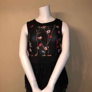 Black Top With Embroidered Flowers